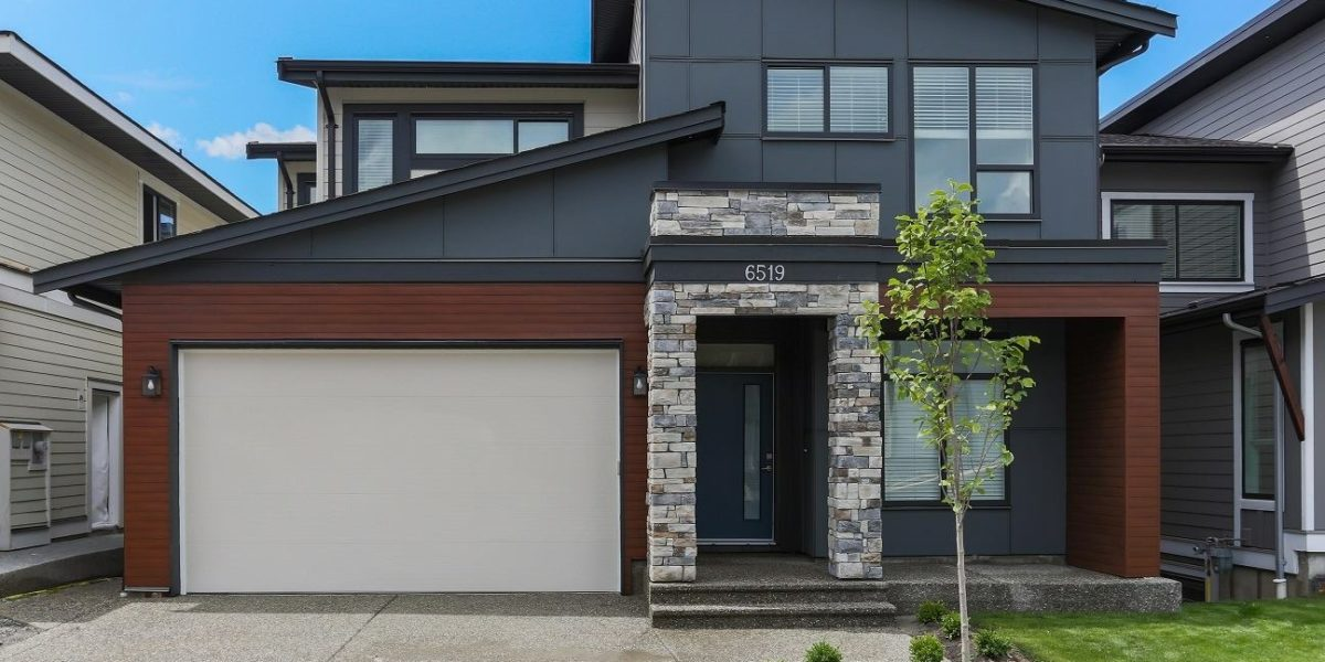 Chilliwack Contemporary Homes
